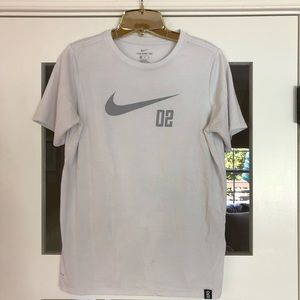 Nike EUC dri fit shirt! SZ Boys XL